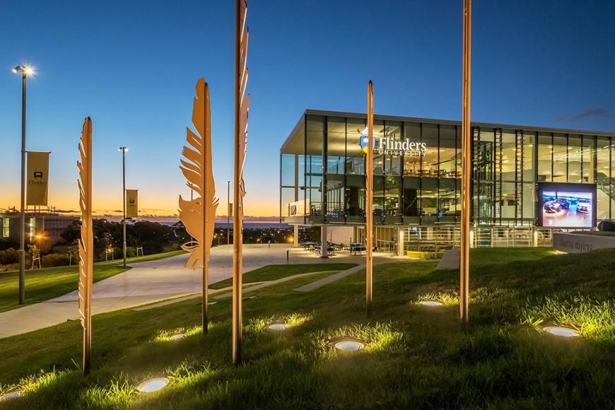 Đại học Flinders – Nơi tạo nên rất nhiều sinh viên tài năng