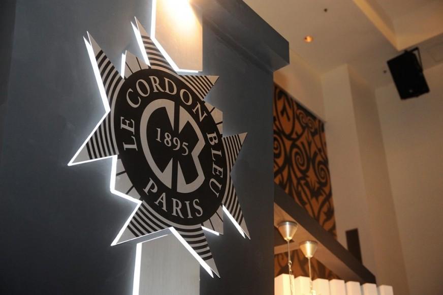 Le Cordon Bleu thành lập năm 1895 tại thành phố Paris (Pháp)