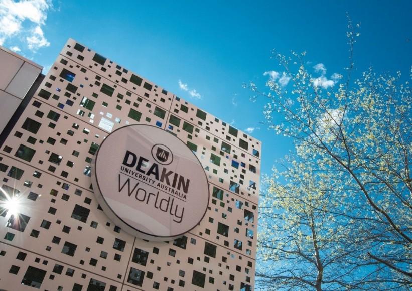 Đại học Deakin – Top 50 trường đại học dưới 50 tuổi xuất sắc