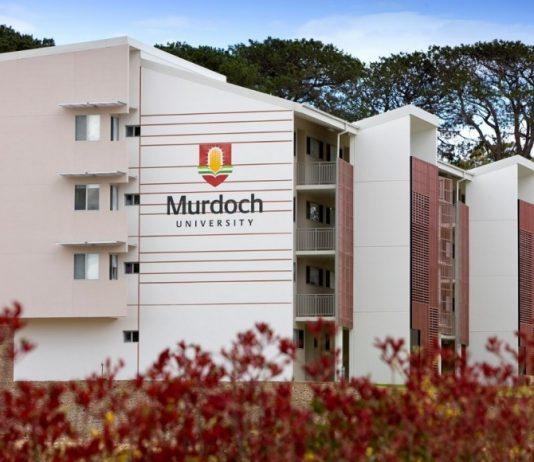 du-hoc-uc-hoi-thao-dh-murdoch-2